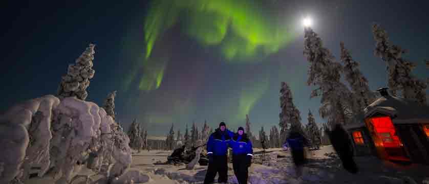 Finland_Saariselka_Muotka-Wilderness-Lodge_northern-lights-activities2.jpg